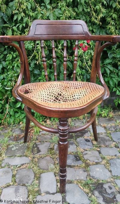 Dreibeiniger Stuhl von J. Kohn